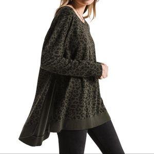Z Supply The Leopard Weekender Sweatshirt Size S